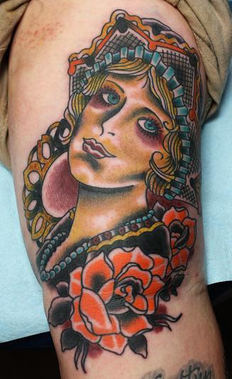 Arm Kopf Tattoo von Electric Soul Tattoo