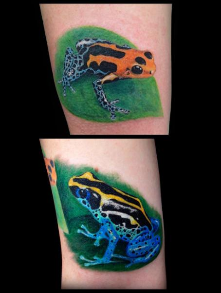 Realistic Frog Tattoo by Bloody Blue Tattoo