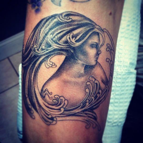Arm Fantasie Frauen Tattoo von Flesh Tattoo Company