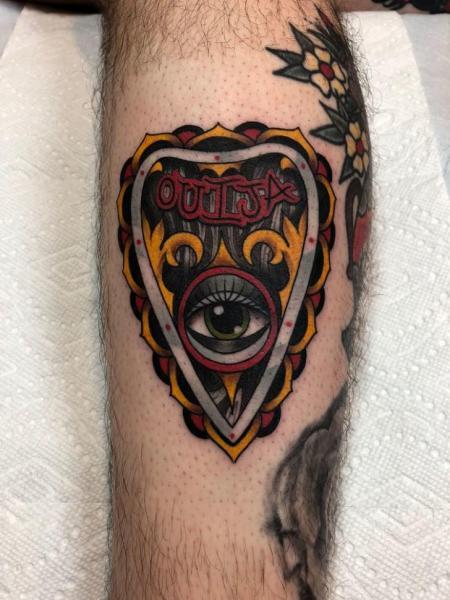 Tatuaje Ternero Ojo por Full Circle Tattoos