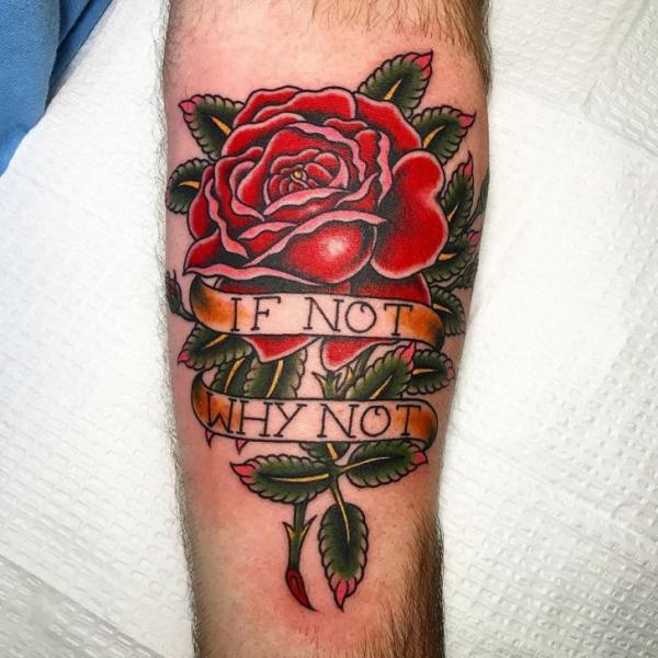 Waden Blätter Rose Tattoo von Full Circle Tattoos