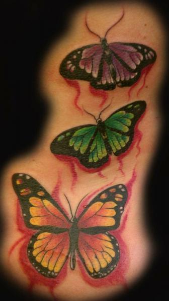 Realistische Schmetterling Tattoo von Gold City Ink