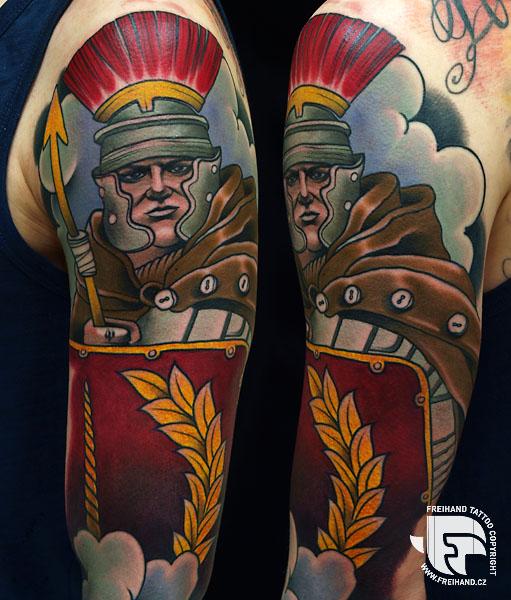 Tatuaggio Spalla Braccio Guerriero di FreiHand Tattoo