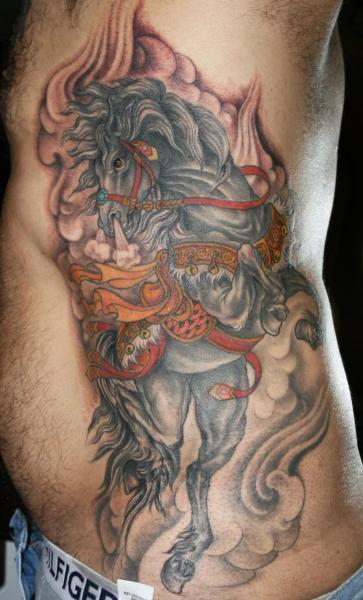 Realistische Seite Pferd Tattoo von Inborn Tattoo
