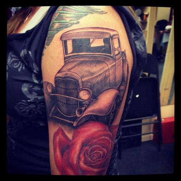 Shoulder Realistic Car Rose Truck Tattoo by Indipendent Tattoo