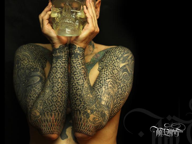 Tatuaggio Braccio Fantasy di Art Corpus