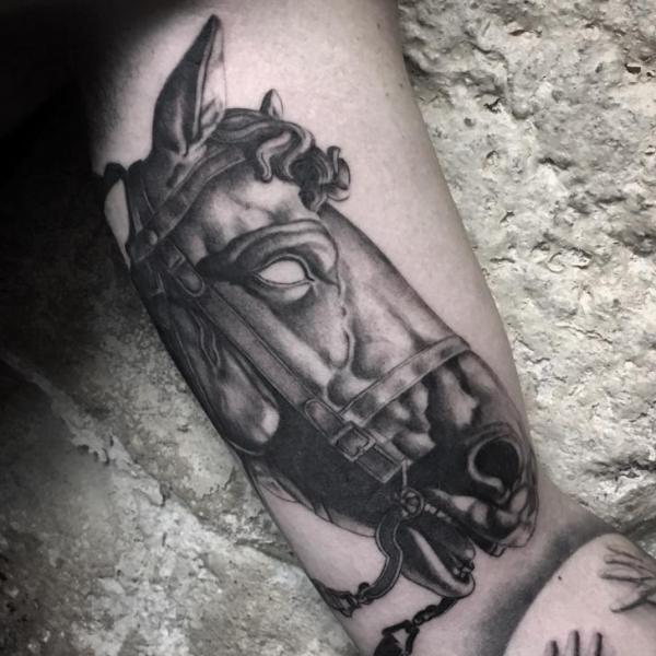 Arm Pferd Tattoo von Art Corpus