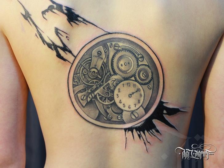 Tatuaggio Realistici Orologio Schiena di Art Corpus