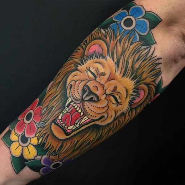 Arm Old School Lion Tattoo by Invisible Nyc