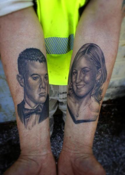 Arm Porträt Realistische Tattoo von Little Vinnies Tattos