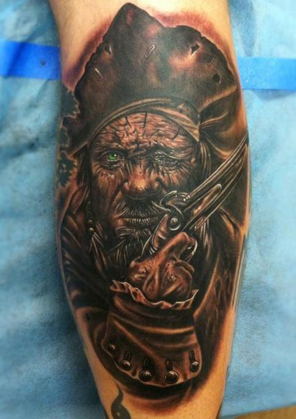 Arm Fantasie Pirat Tattoo von Mike DeVries Tattoos