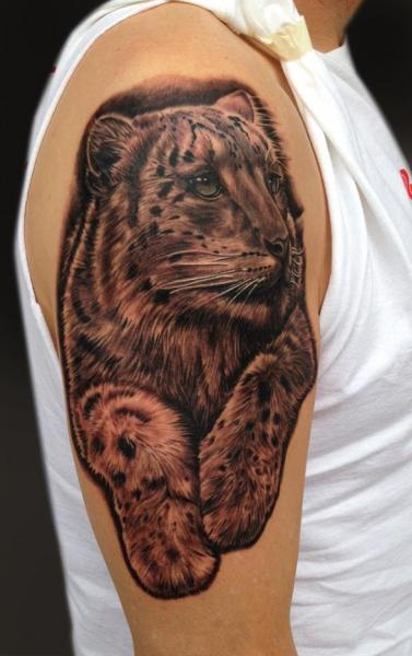Shoulder Realistic Tiger Tattoo by Mike DeVries Tattoos