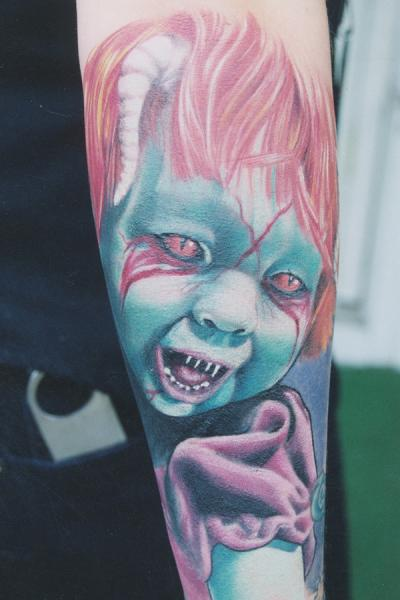 Arm Fantasie Monster Tattoo von Monte Tattoo