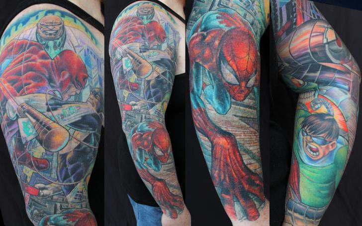 Schulter Fantasie Held Tattoo von Monte Tattoo