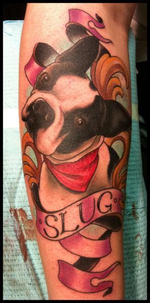 Arm Realistische Hund Tattoo von Nightmare Studio