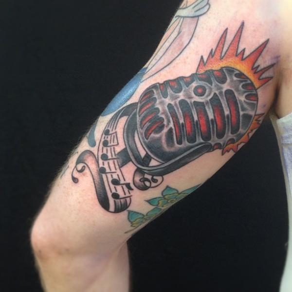 Old School Microphone Thigh Tattoo by Omaha Tattoo