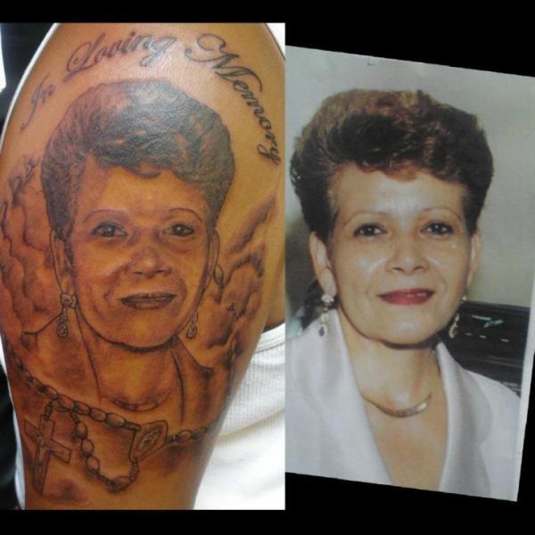Tatuaje Brazo Realista por Revolver Tattoo