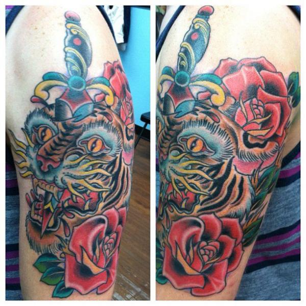 Old School Tiger Tattoo von The Blue Rose Tattoo