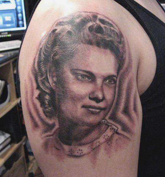 Shoulder Portrait Realistic Women Tattoo by Andys Tattoo