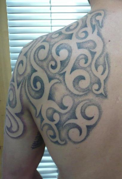 Shoulder Tribal Dotwork Tattoo by Andys Tattoo