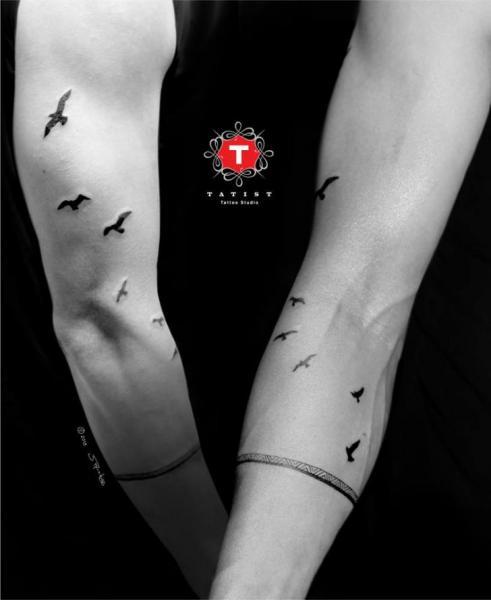 Arm Schwalben Tattoo von Tatist Tattoo