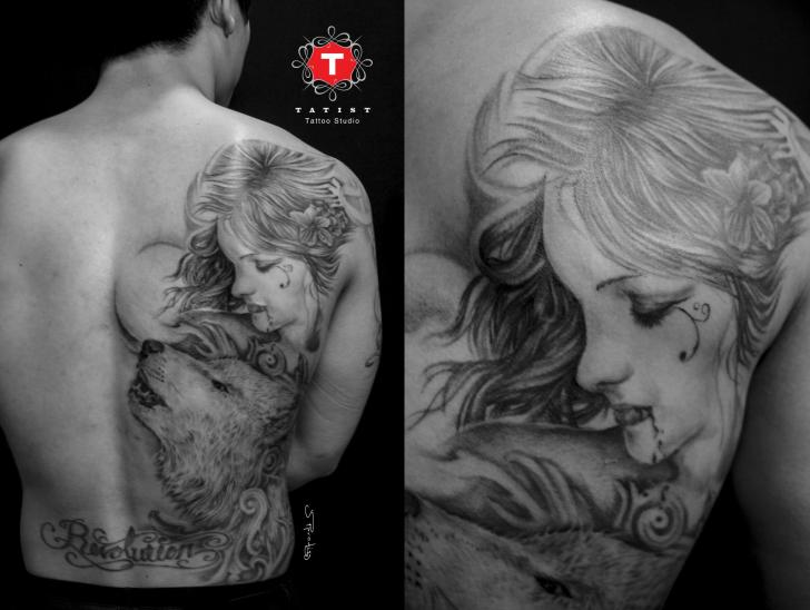 Shoulder Women Back Wolf Tattoo by Tatist Tattoo