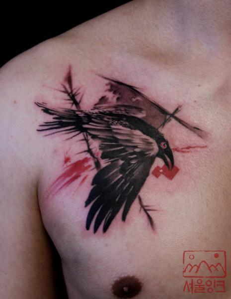 Tatuaggio Petto Corona di Seoul Ink Tattoo