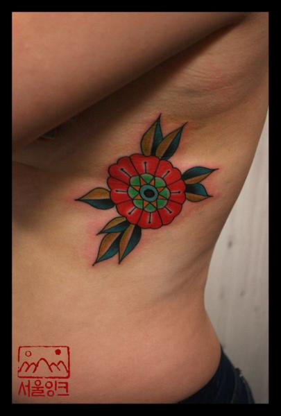 Old School Flower Side Tattoo by Seoul Ink Tattoo