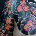 tatuaje Hombro Japoneses por Og Tattoo