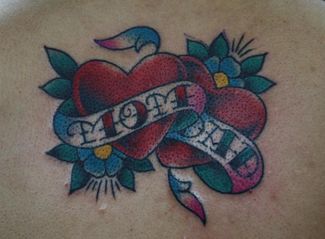 Tatuaggio Cuore Scritte di Inkrat Tattoo