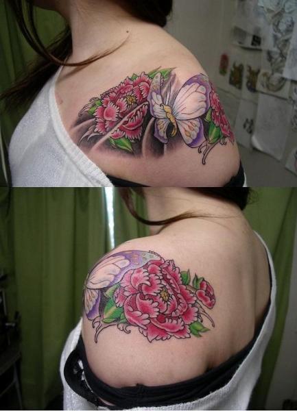 Shoulder Flower Butterfly Tattoo by Koji Tattoo