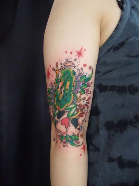 Arm Frosch Tattoo von South Dragon Tattoo