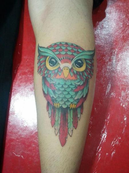 Tatuaggio Braccio New School Gufo di Tattoo Br