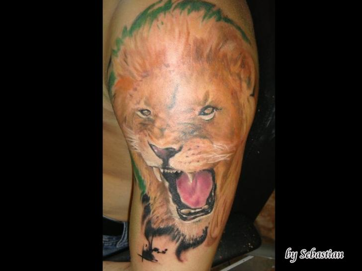 Shoulder Realistic Lion Tattoo by Baltic Tattoo
