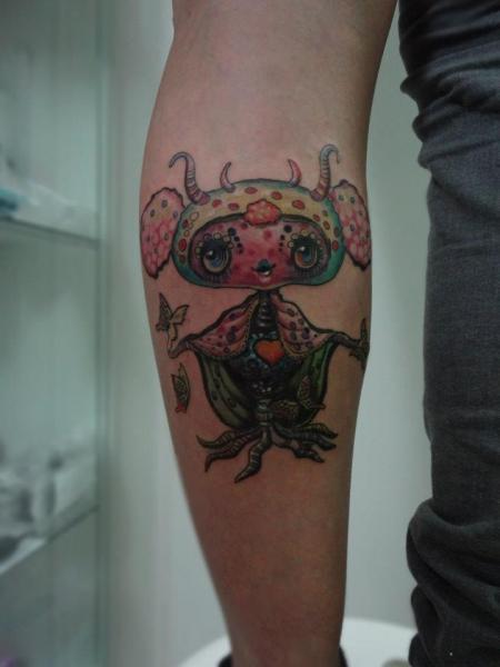 Arm Fantasy Alien Tattoo by Tattoo Resolution
