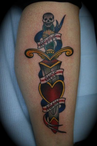Arm Dolch Tattoo von All Star Ink Tattoos