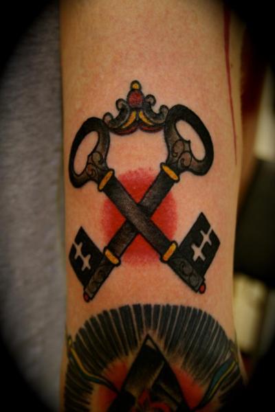 Old School Schlüssel Tattoo von All Star Ink Tattoos