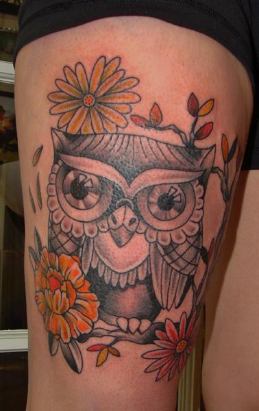 Old School Owl Thigh Tattoo by Ace Of Sword Tattoo