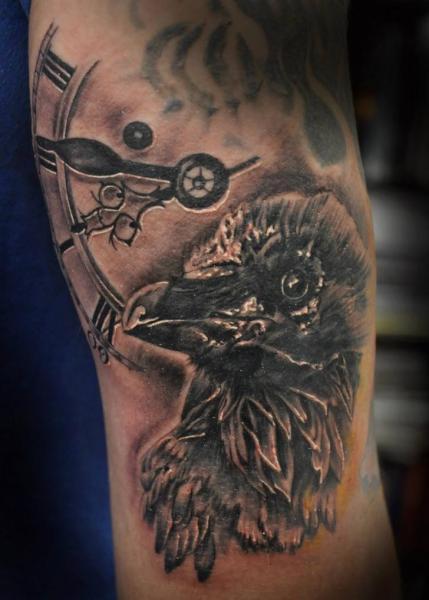 Arm Uhr Krähen Tattoo von Blood for Blood Tattoo
