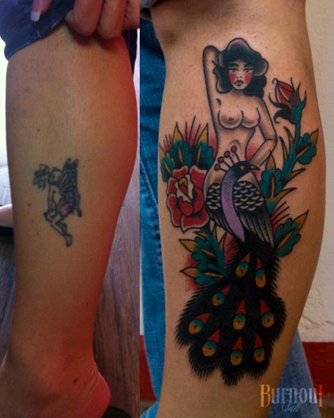 Old School Sirene Cover-Up Tattoo von Burnout Ink
