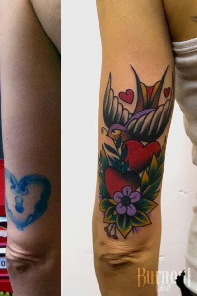 Arm Schwalben Herz Cover-Up Tattoo von Burnout Ink