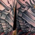 Arm Old School Panzer tattoo von Last Port