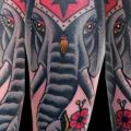 Arm Old School Elefant tattoo von Last Port