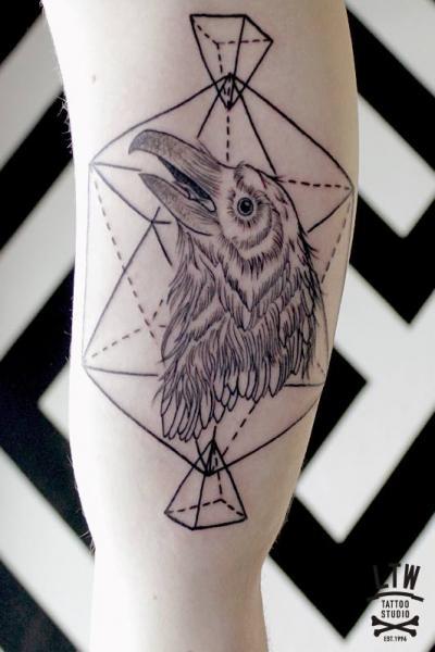 Arm Crow Draw Tattoo by LW Tattoo