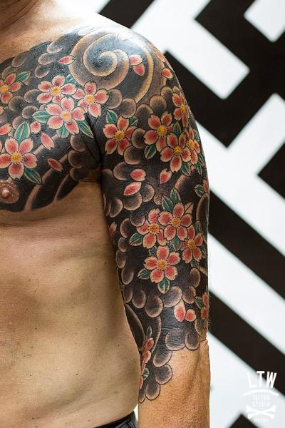 Shoulder Flower Geometric Tattoo by LW Tattoo