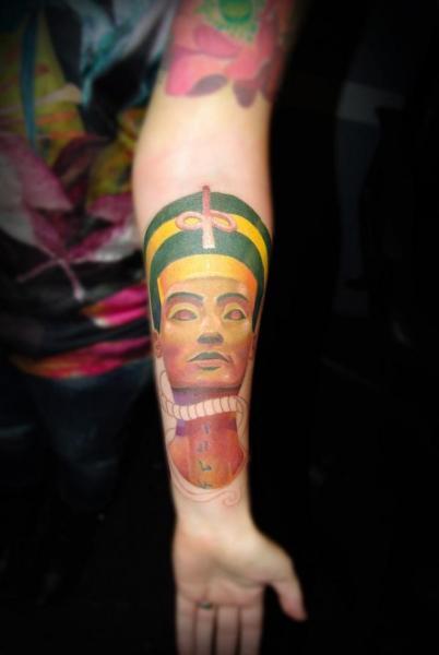 Arm Ägypten Pharaon Tattoo von Punko Tattoo