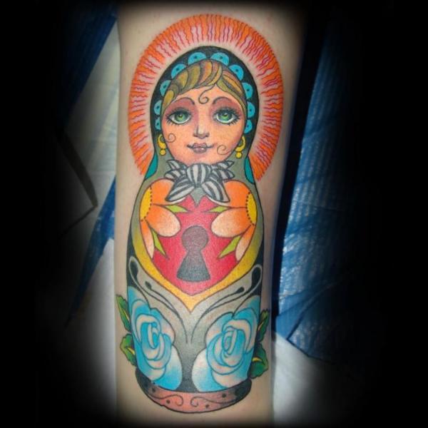 Arm Matryoshka Tattoo von Punko Tattoo