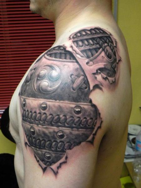Shoulder Biomechanical Tattoo by Xavi Tattoo