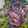 Blumen Bauch Rose tattoo von Sonic Tattoo