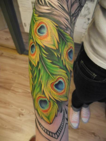 Arm Realistic Feather Tattoo by Tartu Tatoo